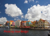view from punda curacao comp.jpg (23008 bytes)
